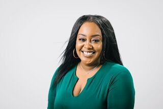 Totiana Atterbury, Realtor in Tacoma, Windermere