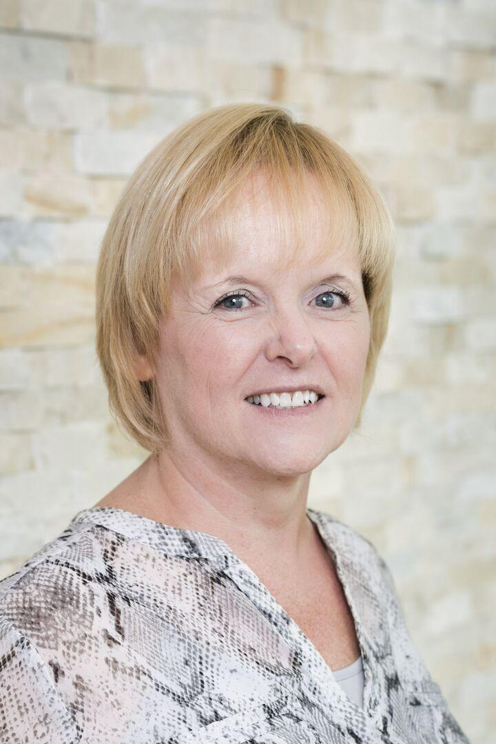 Karen Rossi, Sales Associate in Barrington, Mott & Chace Sotheby's International Realty