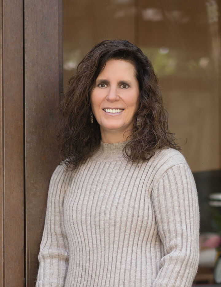 Connie  Tabor, REALTOR® in Carmel-By-The-Sea, David Lyng Real Estate