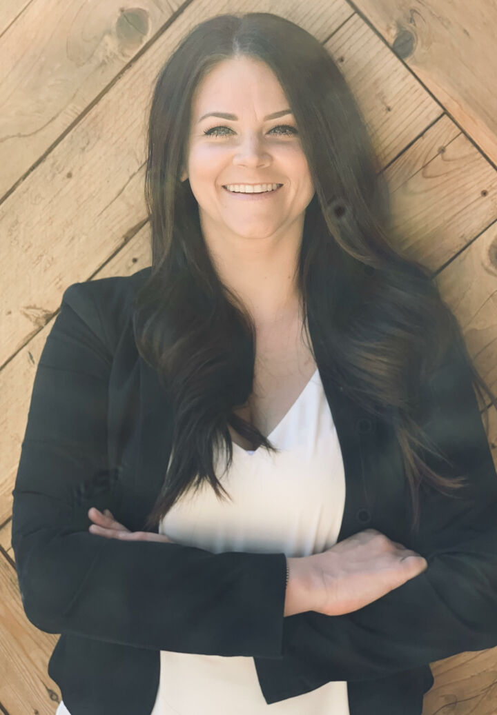 Lindsey  Mullock , Realtor in Roseville, Better Homes and Gardens Reliance Partners