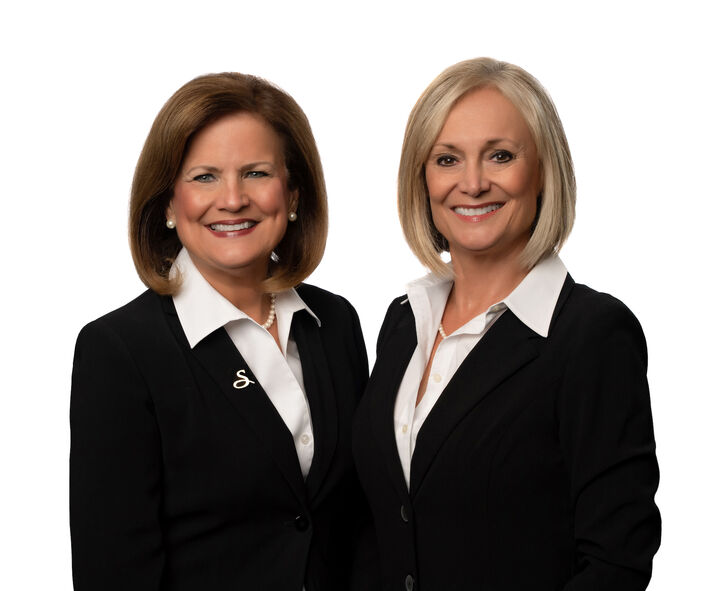 """Debbie Momberg & Lee Stratton """"Sisters Sell St. Pete"""""""