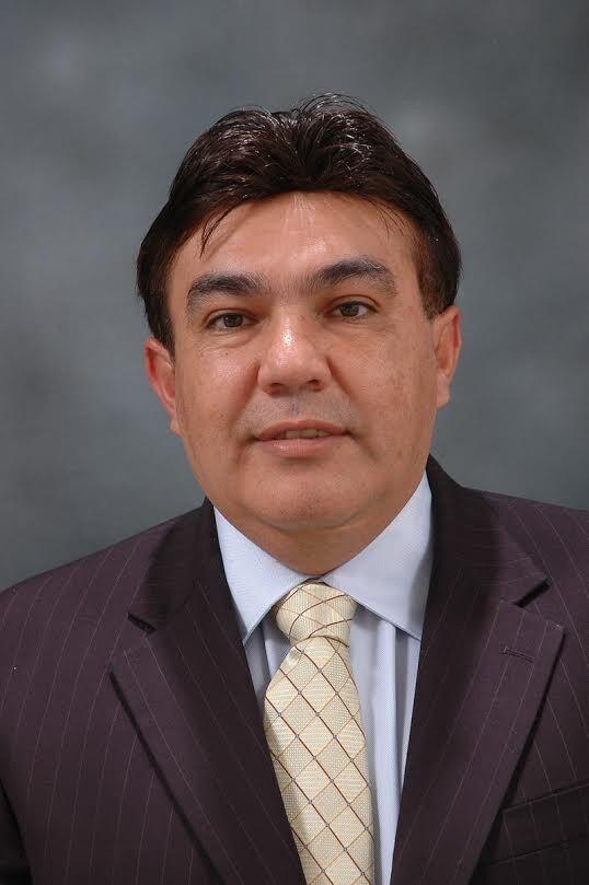 Hugo De Hoyos, REALTOR® in Burlingame, Intero Real Estate