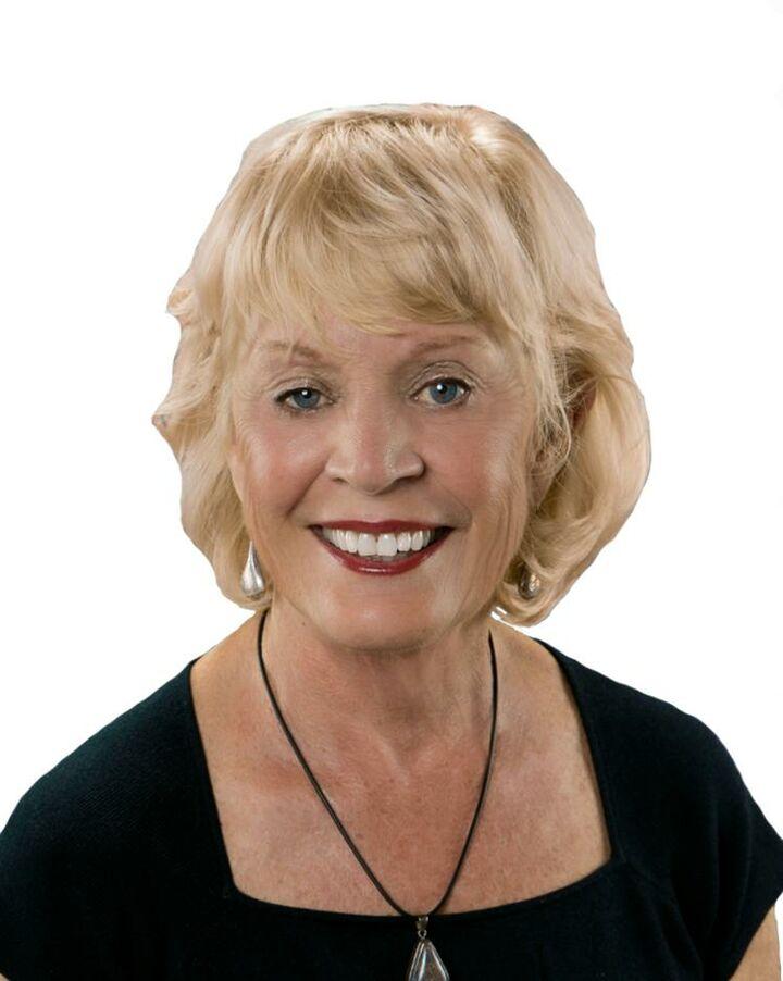 Donna Nelson, Broker Associate in Palm Desert, HK Lane Palm Desert