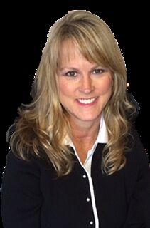 Melanie Mathis,  in Jacksonville, Windermere