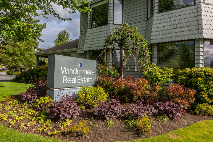 Katie Wells, Office Administrator in Woodinville, Windermere