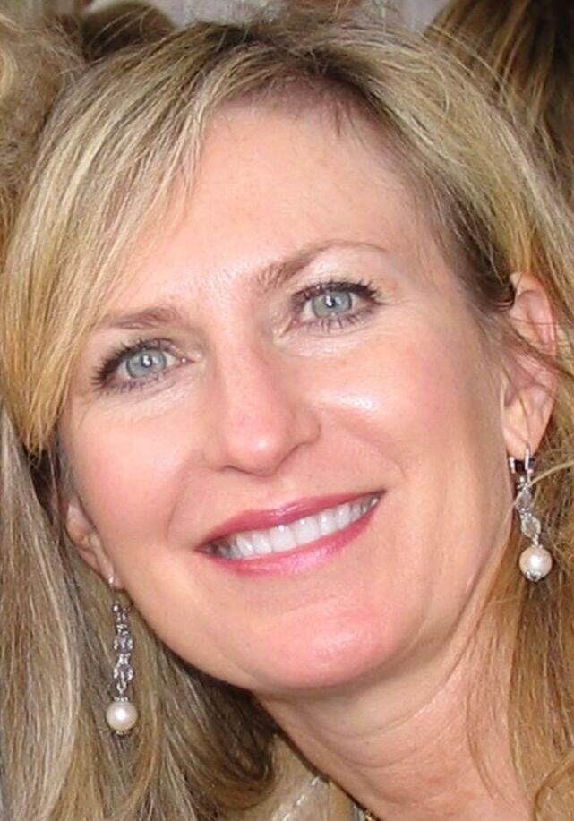 Shelley Mast, REALTOR® in Palm Desert, Windermere