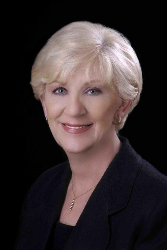 Patty Black, Broker - Licensed in Oregon in Lake Oswego, Windermere